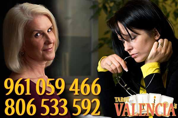 Te ofrecemos un tarot en Valencia para resolver todas tus dudas