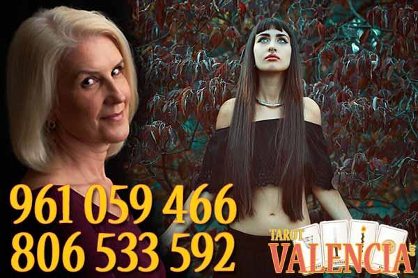 El Tarot de Valencia te asegura una conexión directa con tus antepasados